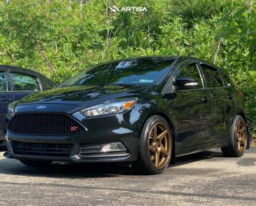 2016 Ford Focus - 18x8.5 40mm - Artisa ArtFormed Kinetic - Stock Suspension - 235/45R18